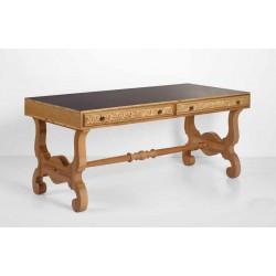 میز مدیریتی سلطنتی گالاراته