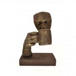 مجسمه تندیس لیوان برنز